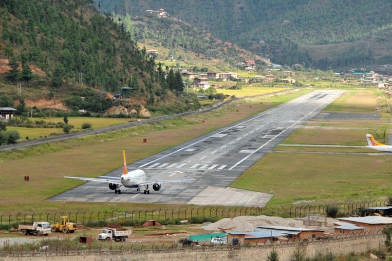 Aeropuerto Internacional de Paro, Bhután