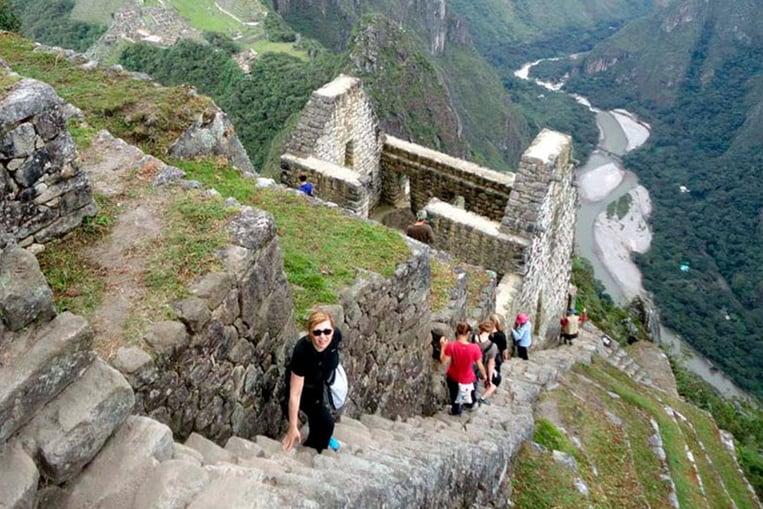 Huayna Picchu, la maravilla peruana que te sumergirá en el universo incaico